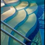 Wave patterned steps